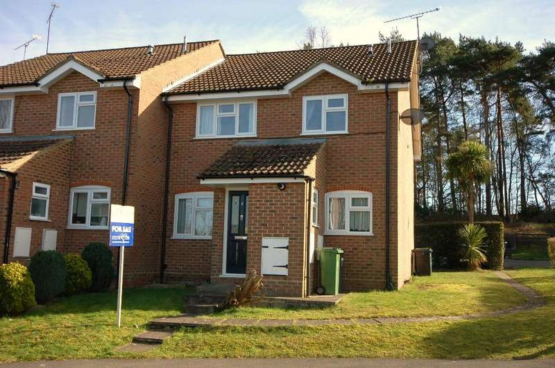 2 Bedrooms End Of Terrace House for sale in Victoria Court, Bagshot