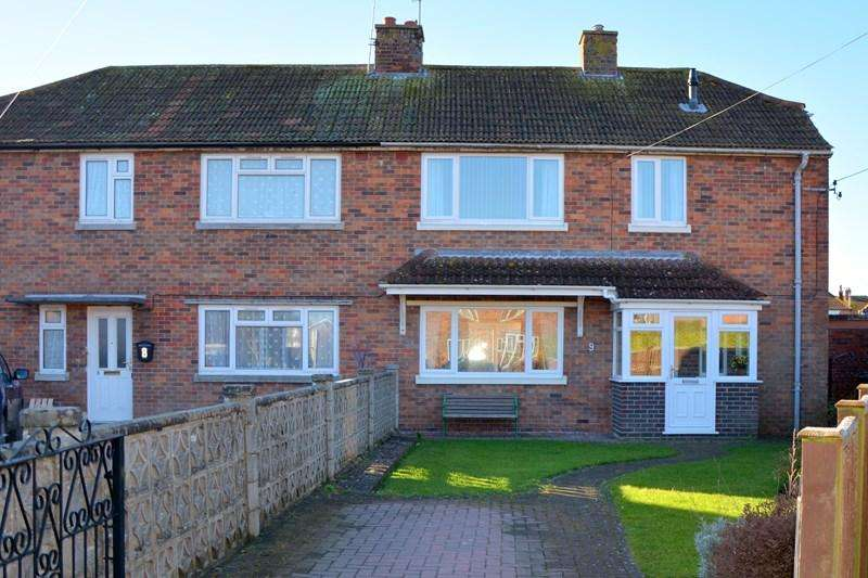 3 Bedrooms Semi Detached House for sale in Sutherland Avenue, Burnham-On-Sea