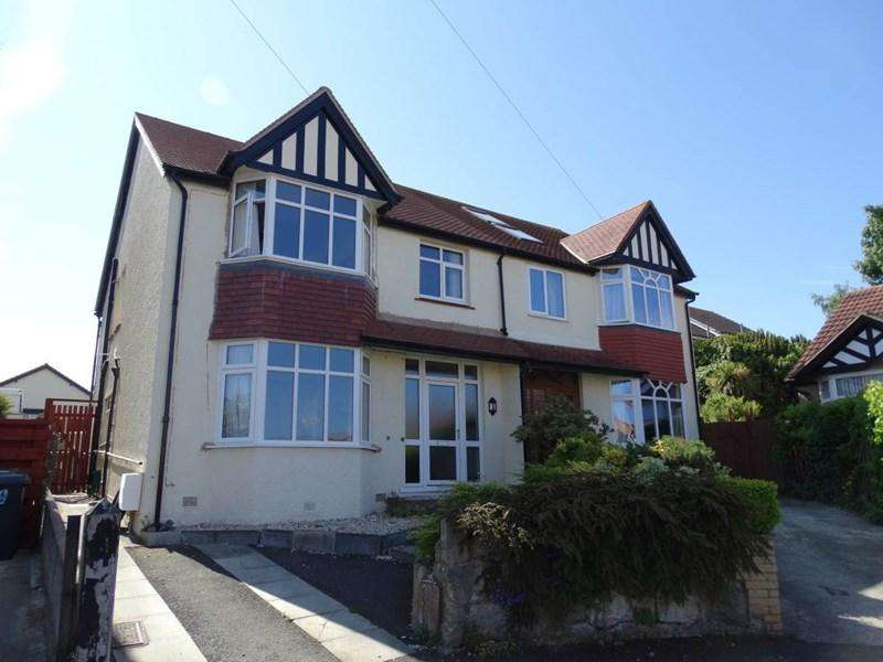 4 Bedrooms Semi Detached House for sale in 11 Dinerth Park, Rhos on Sea
