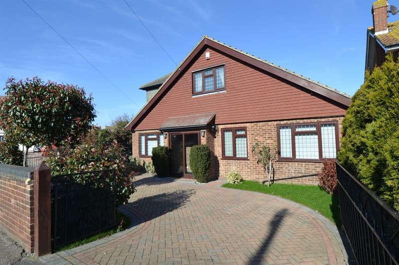 6 Bedrooms Detached House for sale in Long Reach Close, Whitstable