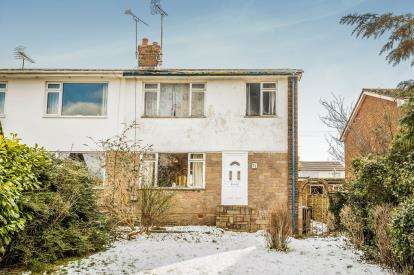 3 Bedrooms Semi Detached House for sale in Hazel Drive, Penyffordd, Chester, Flintshire, CH4