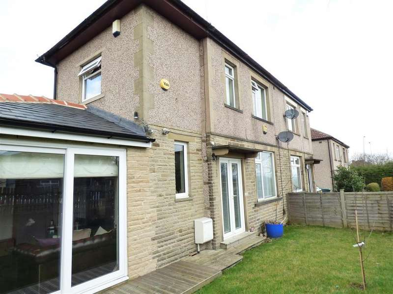 3 Bedrooms Semi Detached House for sale in Acre Avenue, Bradford