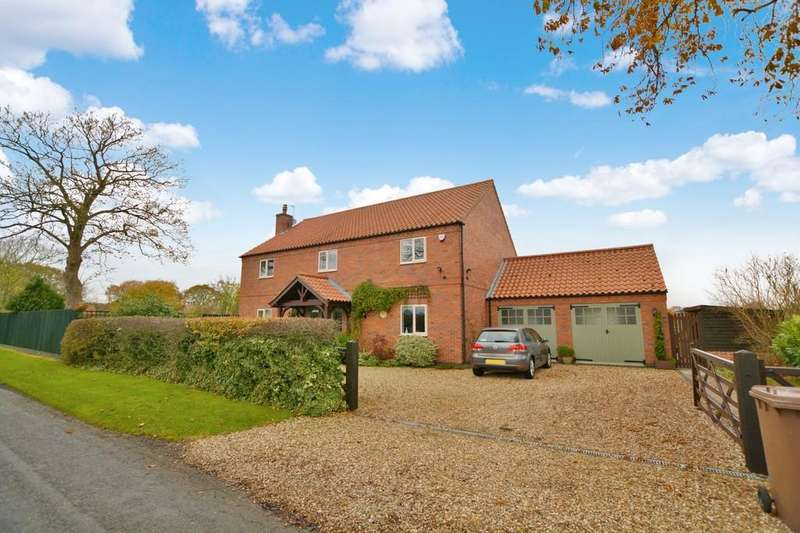 4 Bedrooms Detached House for sale in Chestnut House, Newark Road, Norton Disney