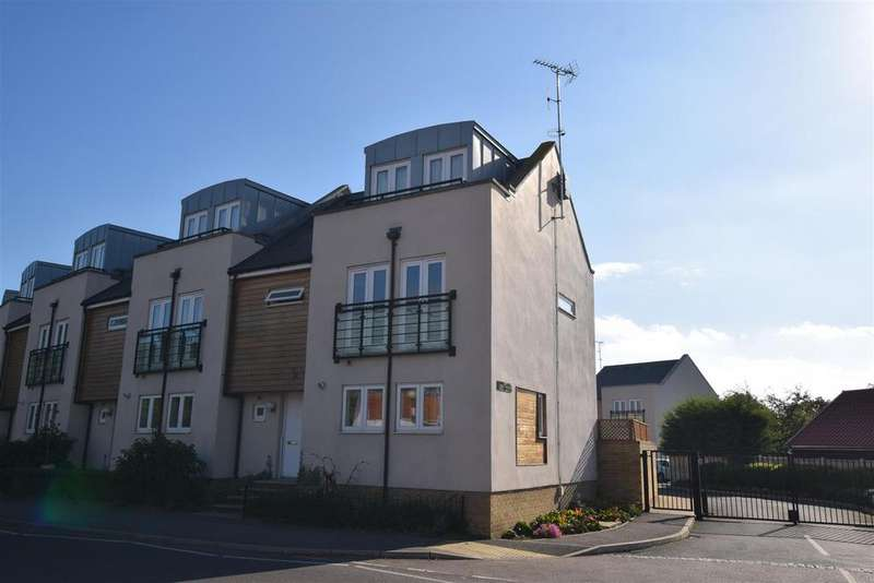 4 Bedrooms House for sale in Goldhanger Road, Heybridge, Maldon