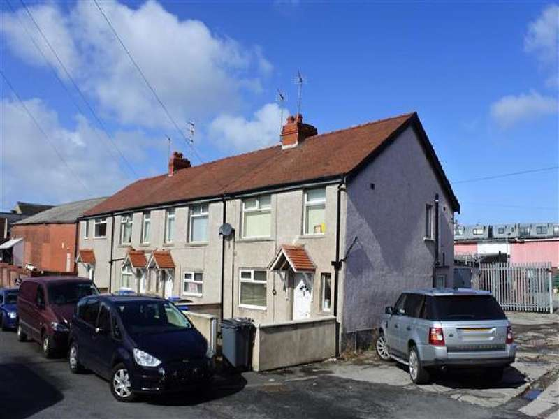 3 Bedrooms Terraced House for sale in Brun Grove, Blackpool, FY1 6PG