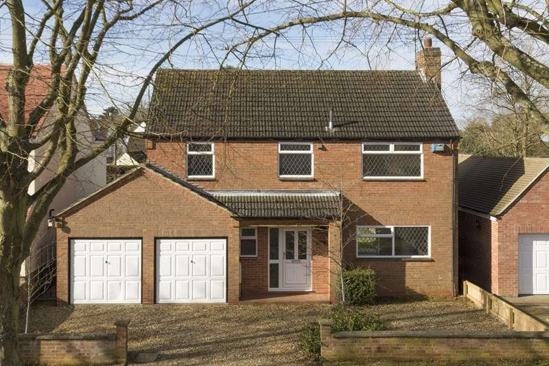 4 Bedrooms Detached House for sale in Twyford Avenue, Twyford, Banbury