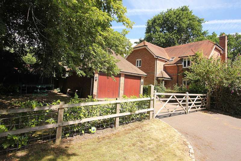 4 Bedrooms Detached House for sale in Sykes Gardens, Upper Basildon