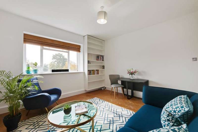 2 Bedrooms Flat for sale in Hartington Court, Lansdowne Way, London SW8