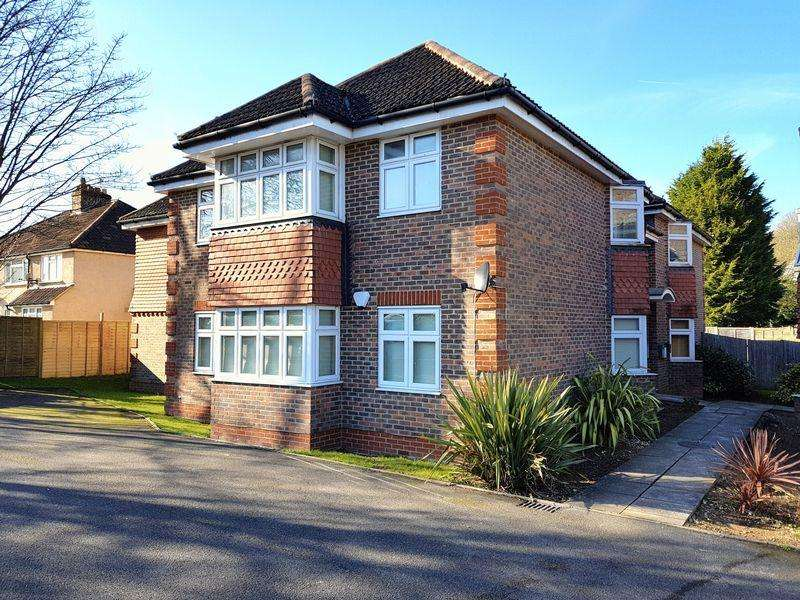 2 Bedrooms Apartment Flat for sale in Brighton Road, Hooley