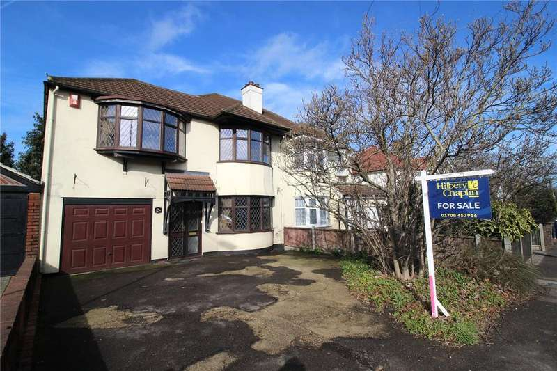 4 Bedrooms Semi Detached House for sale in Abbs Cross Lane, Hornchurch, RM12