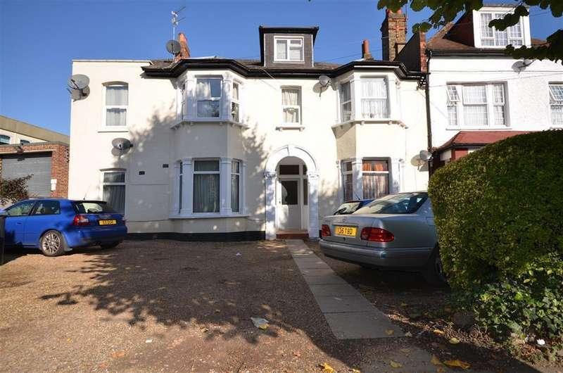 1 Bedroom Flat for sale in Chaplin Road , Wembley, Middlesex, HA0 4UL