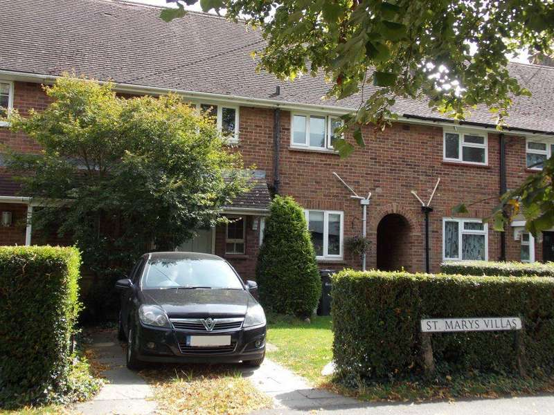 3 Bedrooms Terraced House for rent in Great Bardfield