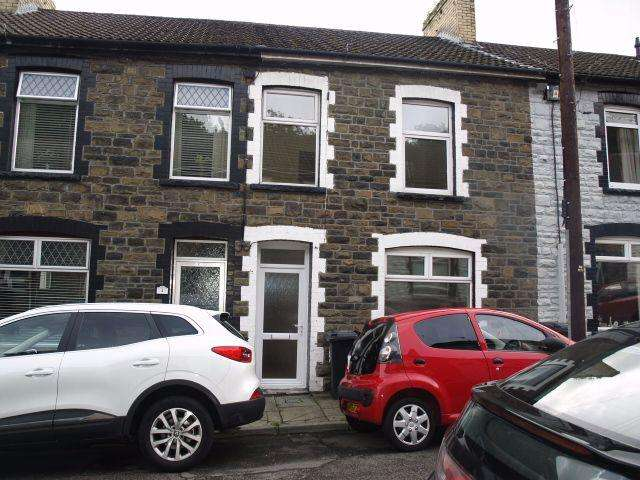 3 Bedrooms Terraced House for sale in Gresham Place, Treharris, CF46 5AF