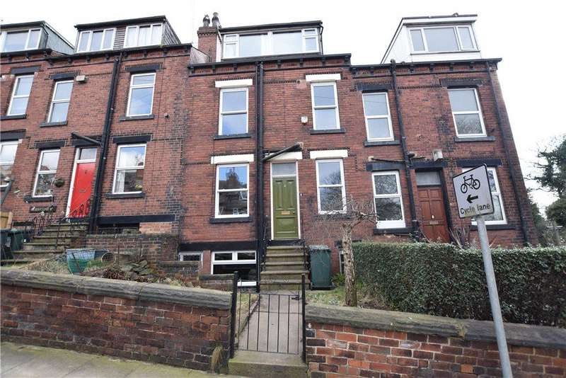 3 Bedrooms House for rent in Norman Row, Kirkstall, Leeds, West Yorkshire