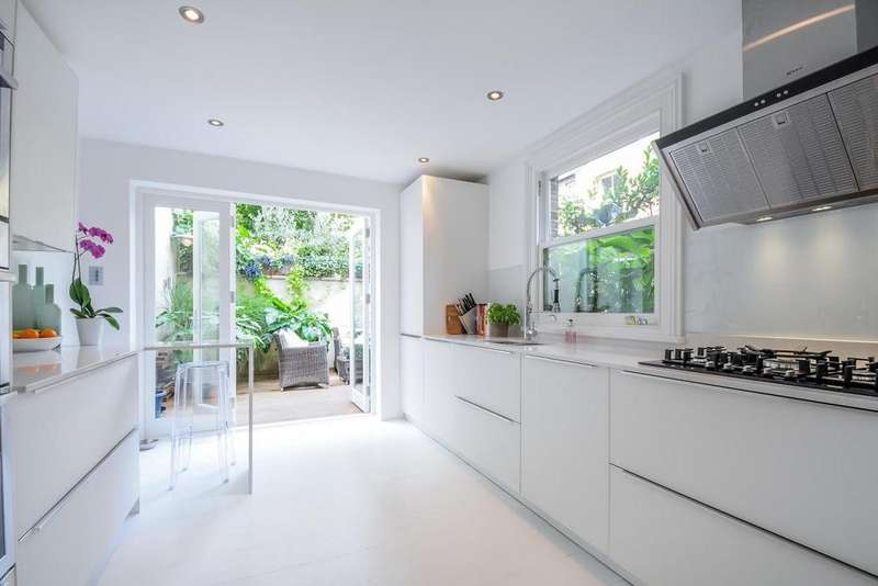 4 Bedrooms Semi Detached House for sale in Doddington Place, Kennington