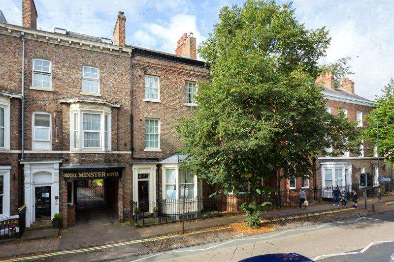 5 Bedrooms Terraced House for sale in Bootham, York, North Yorkshire, YO30