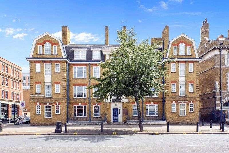 2 Bedrooms Property for sale in Cambridge Heath Road, London