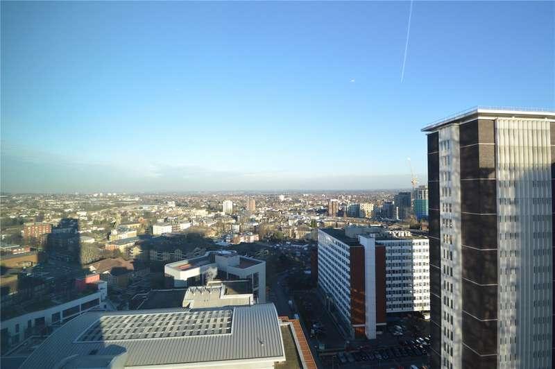 3 Bedrooms Apartment Flat for sale in The Tower, Saffron Central Square, Croydon