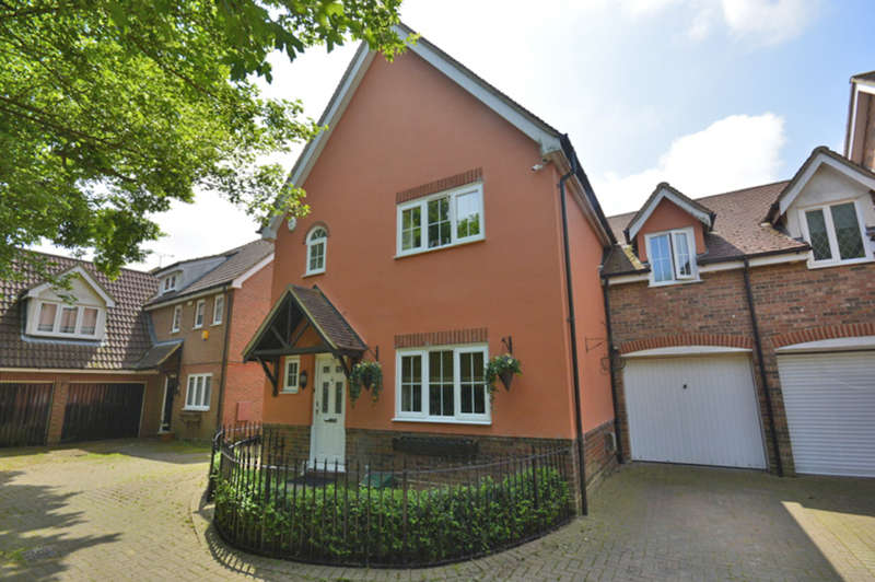 5 Bedrooms Link Detached House for sale in Carpenters Drive, Great Notley, Braintree, CM77