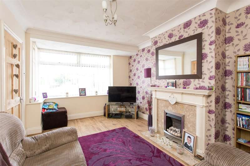 3 Bedrooms Terraced House for sale in Garton Grove, Leeds, West Yorkshire, LS9
