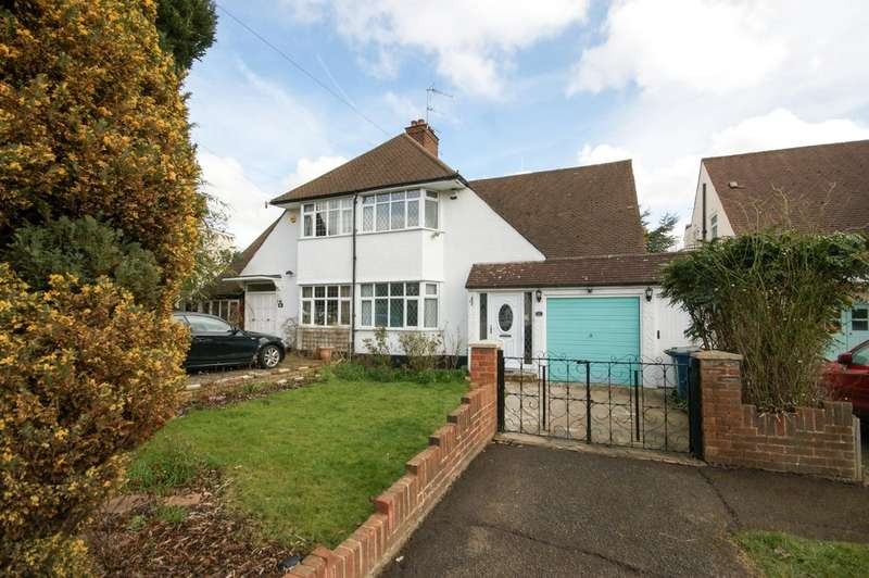 3 Bedrooms Semi Detached House for sale in The Avenue, Pinner