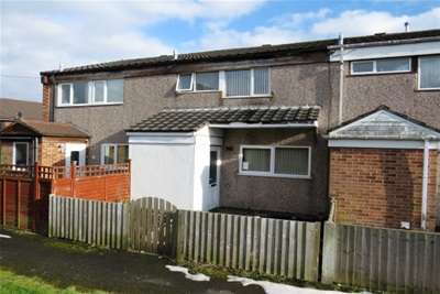 3 Bedrooms House for rent in Heathy Rise, Birmingham, B32 3UD