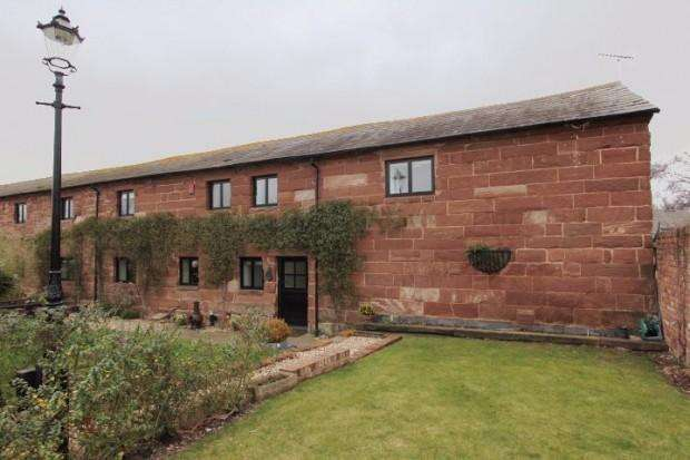 4 Bedrooms Barn Conversion Character Property for rent in Swallow Barn Little Rake Lane, Chorlton-by-Backford, Chester, CH2