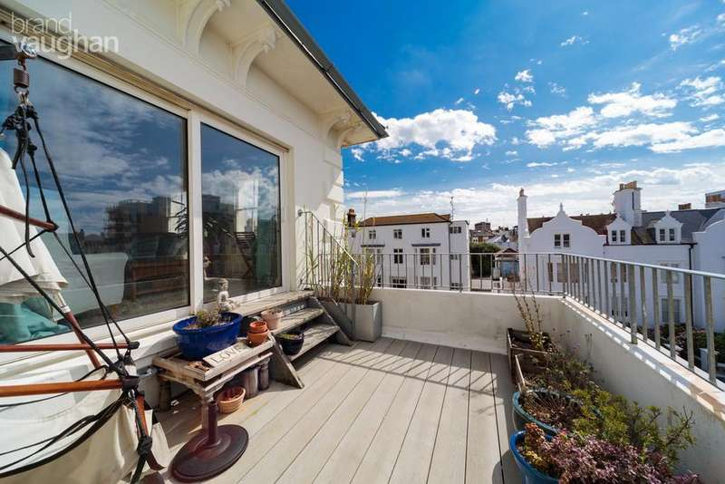 3 Bedrooms Maisonette Flat for sale in Medina Villas, Hove, BN3