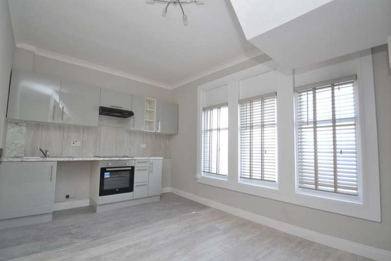 1 Bedroom Flat for sale in Ladywell Road Lewisham SE13