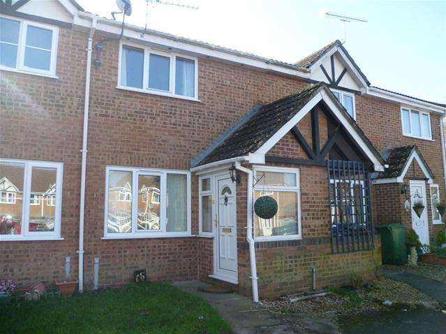 2 Bedrooms Terraced House for rent in Russett Court