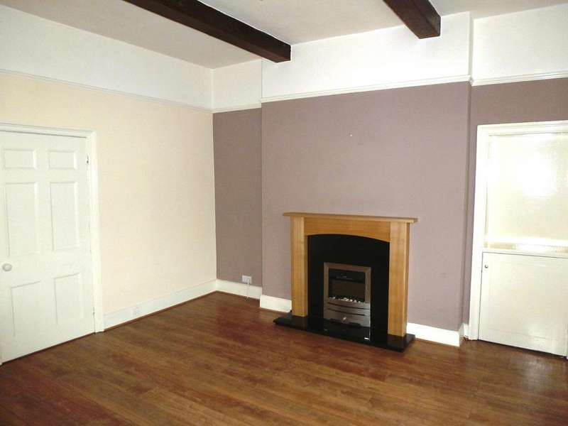 2 Bedrooms Terraced House for rent in Victoria Street, Wetherby, Leeds LS22 6RE