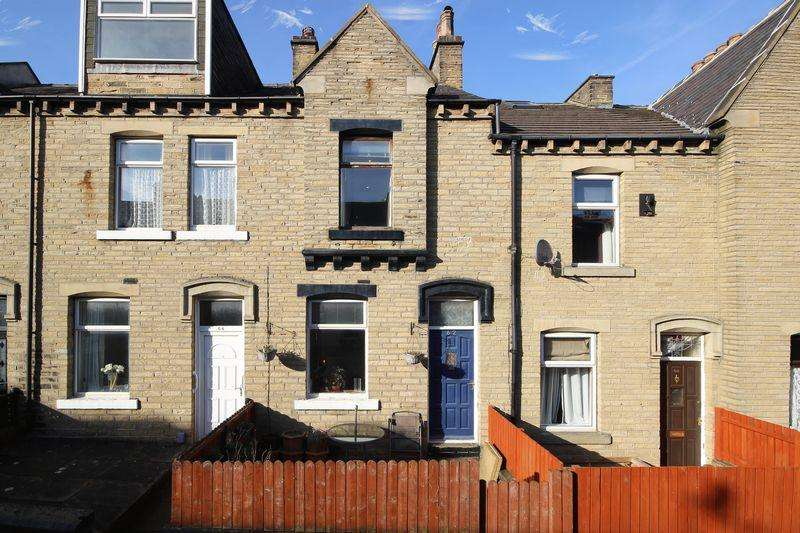 4 Bedrooms House for sale in Elizabeth Street, Elland