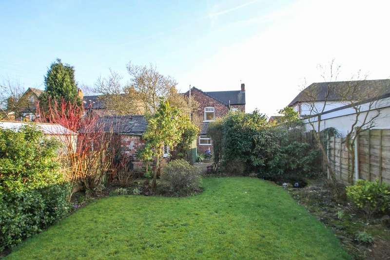 3 Bedrooms Semi Detached House for sale in Manchester Road, Partington, Manchester, M31