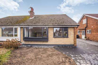 2 Bedrooms Bungalow for sale in Brookdale, New Longton, Preston