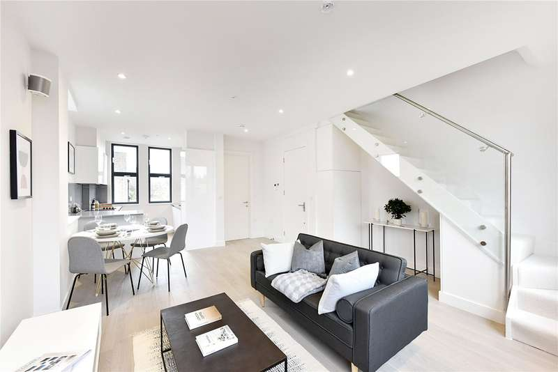 2 Bedrooms Flat for sale in Malvern House, Malvern Road, E8