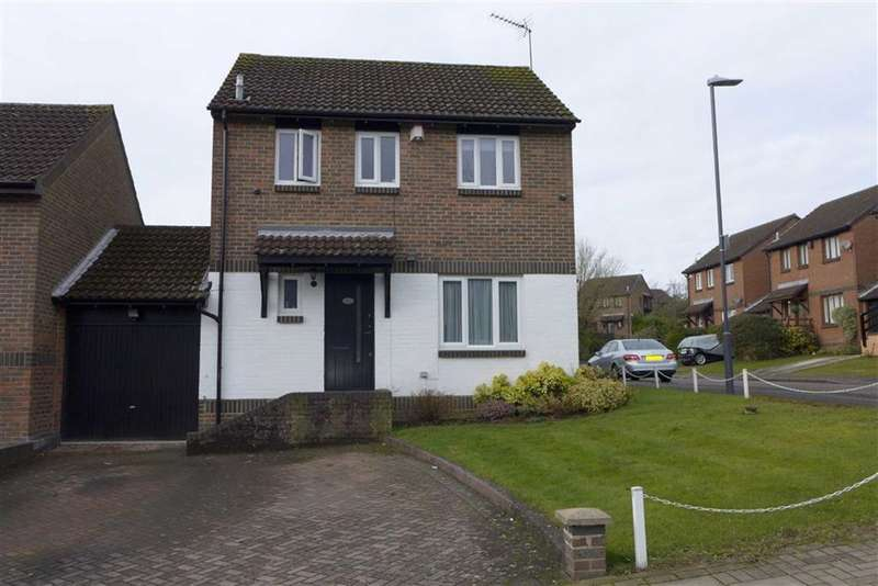 3 Bedrooms Detached House for sale in The Highway, Stanmore, Middlesex