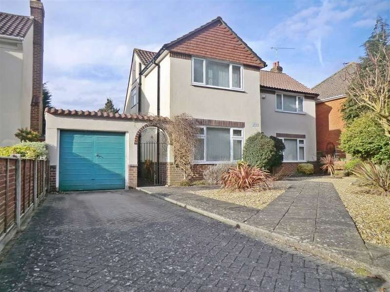 3 Bedrooms House for sale in Queens Park Avenue, Bournemouth, Dorset