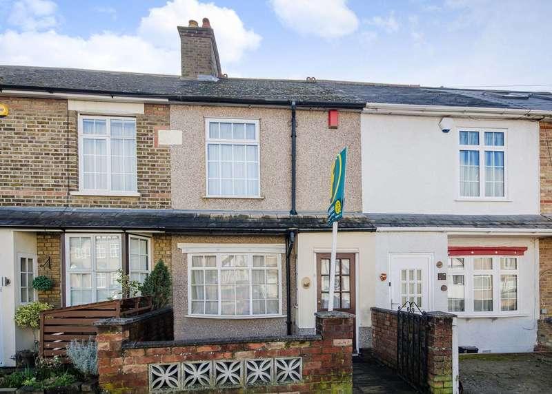 3 Bedrooms House for rent in Boxtree Lane, Harrow Weald, HA3