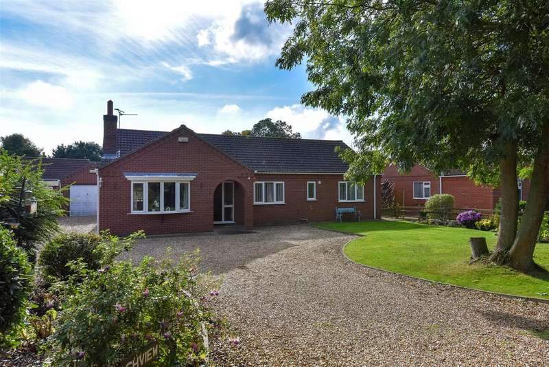 3 Bedrooms Bungalow for sale in Cole Lane, Stickford, Boston