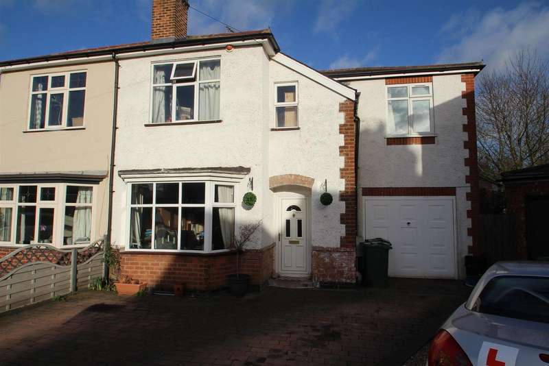 4 Bedrooms Detached House for sale in The Rise, Rothley, Leicester