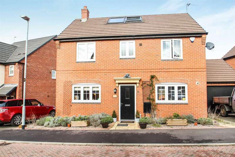 4 Bedrooms Property for sale in Farmers Way, Rothley, Leicester