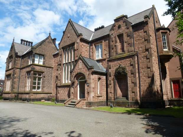 2 Bedrooms Apartment Flat for rent in Basil Grange North Drive, Sandfield Park, Liverpool, L12