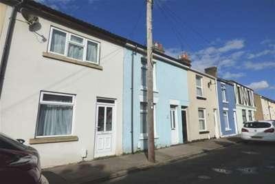 3 Bedrooms House for rent in Cobden Street, Gosport