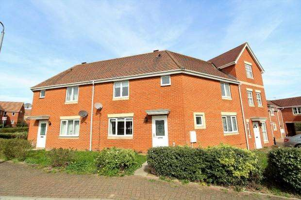 3 Bedrooms Terraced House for sale in Hakewill Way, Colchester , CO4