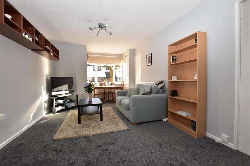 1 Bedroom Maisonette Flat for sale in Maydene, South Woodham Ferrers