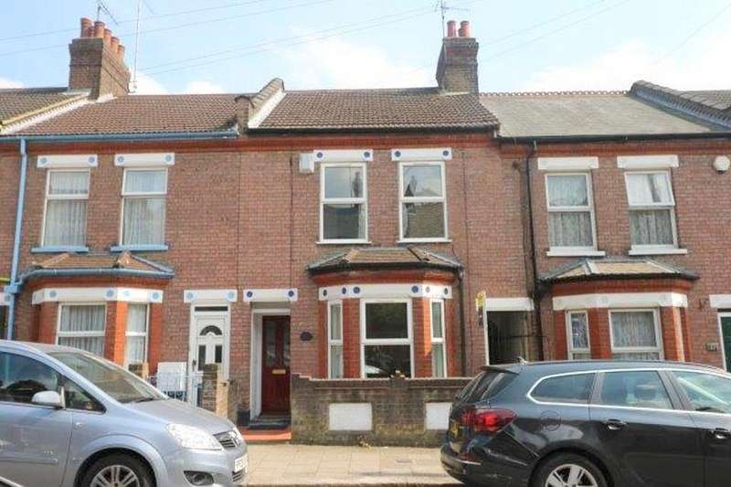 5 Bedrooms Terraced House for sale in Reginald Street, Luton, Bedfordshire, LU2 7QZ
