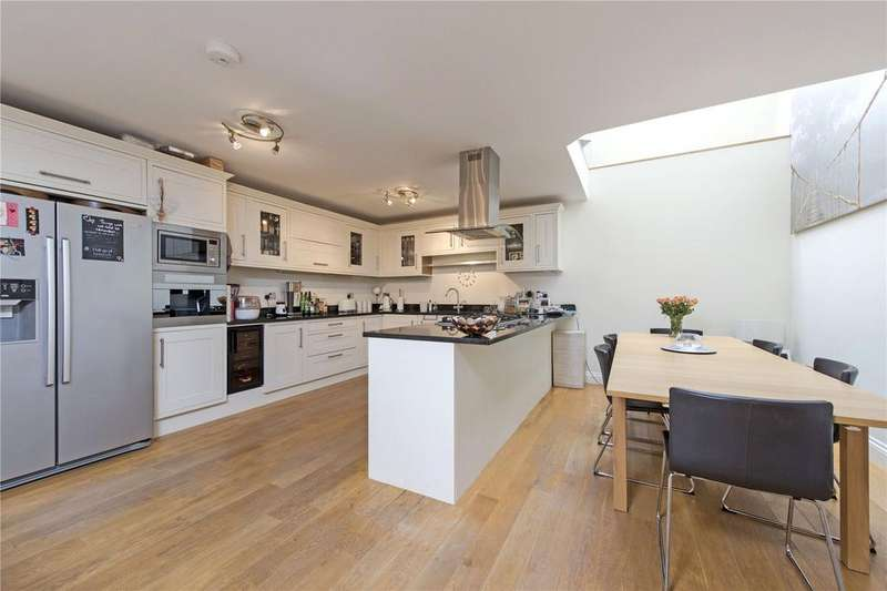 3 Bedrooms Terraced House for sale in Bedford Villas, Whitehead Close, London, SW18