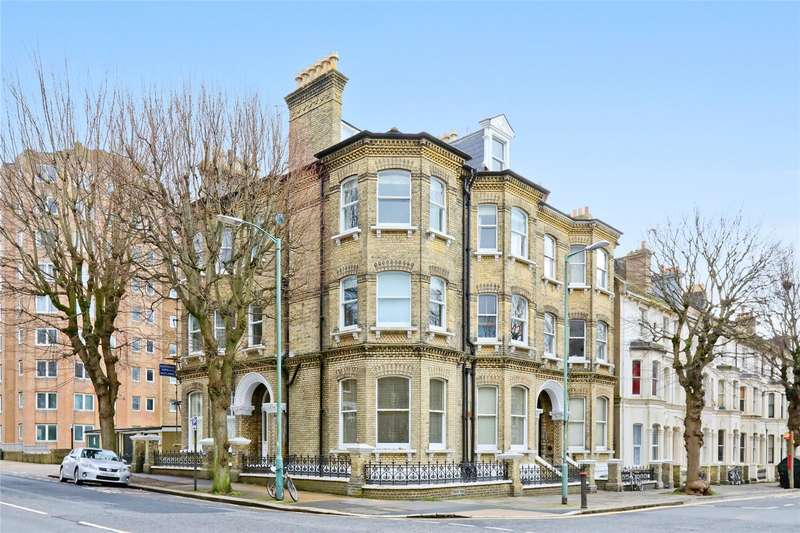 2 Bedrooms Flat for sale in Eaton Road, Hove, East Sussex, BN3