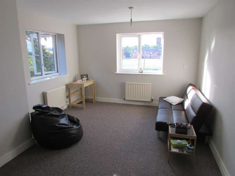 2 Bedrooms Flat for sale in Bridgeman Street, Bolton, BL3 6RS