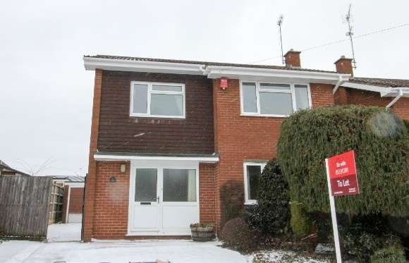 4 Bedrooms Detached House for rent in Ivy Close, Blythe Bridge, Stoke-On-Trent